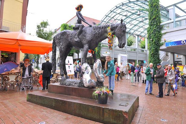 Weinheim 20. Geburtstag Reiterin. 2.7.2016 Foto: Peter Dorn